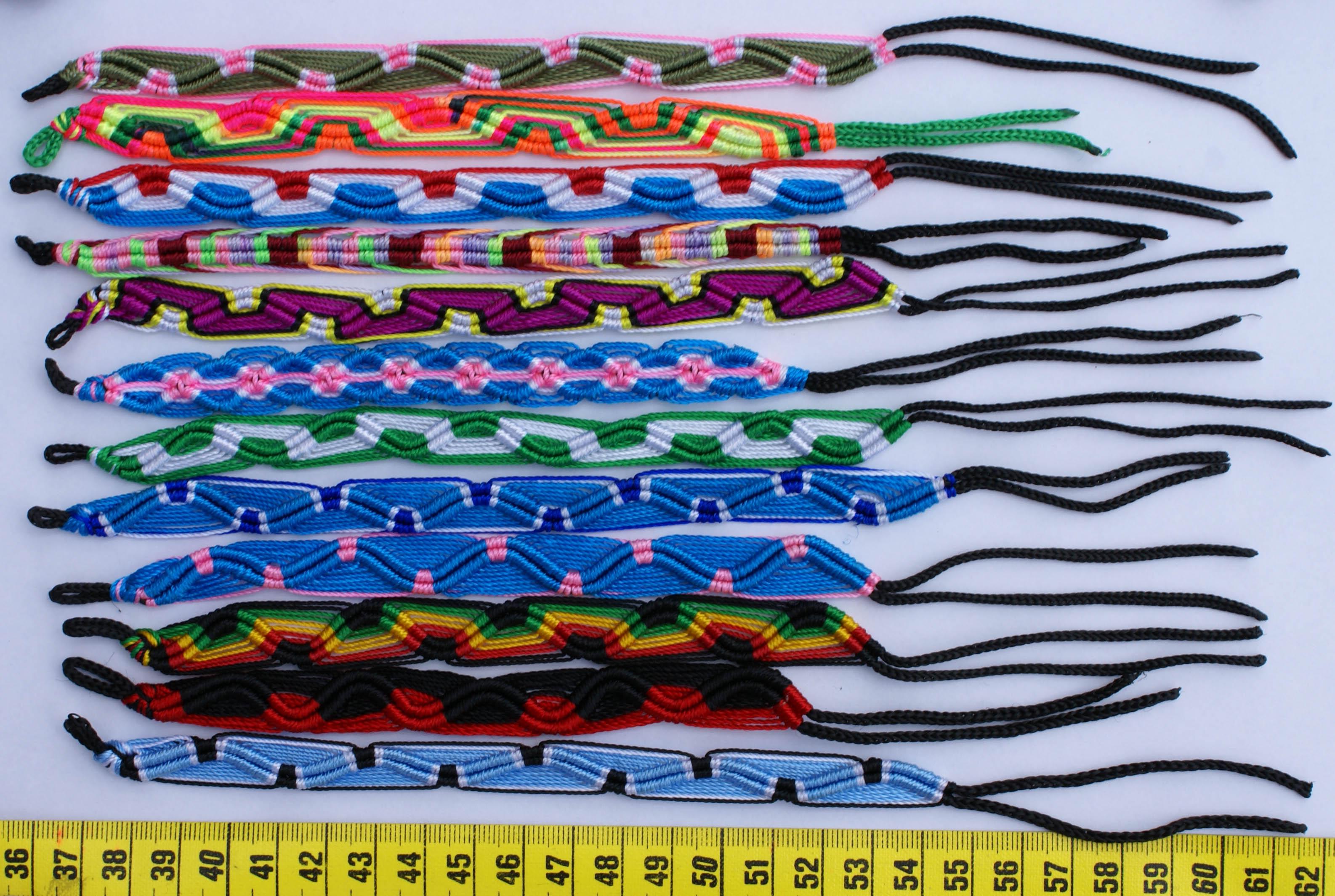 7 схем плетения фенечек и инструкци.