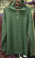Зеленый свитер