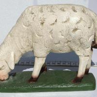 Статуэтка овца