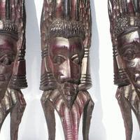 Большая деревянная маска