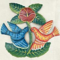 Птицы у цветка